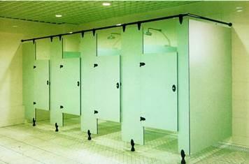一般来说,公共淋浴间隔断的材料具备以下三个要素