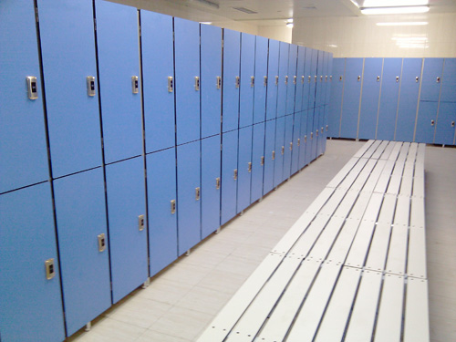 游泳池储物柜