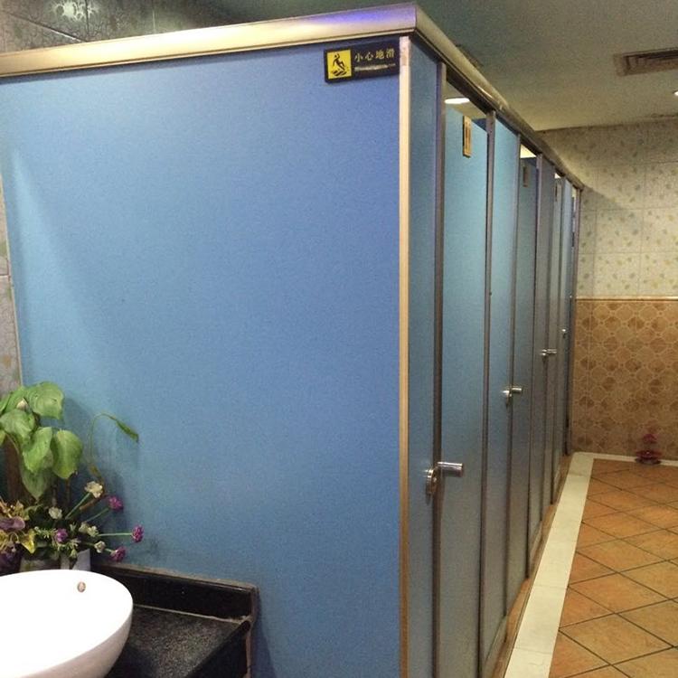 学校抗倍特卫生间隔断板