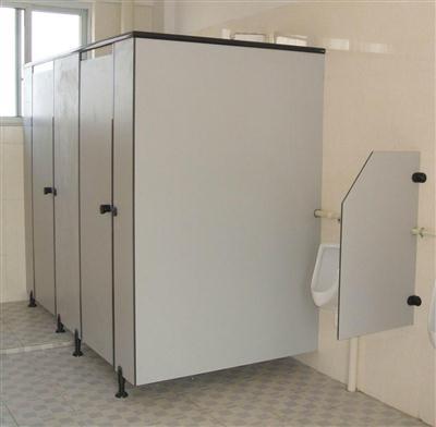 广东车站洗手间隔断