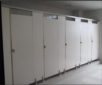 高密度公共洗手间隔断批发