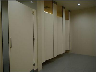 专业生产公共洗手间隔断
