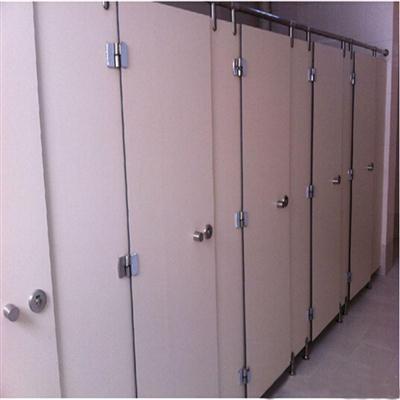 车站公共厕所隔板