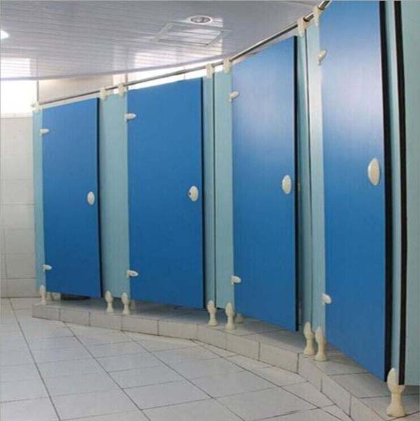 体育中心卫生间隔断